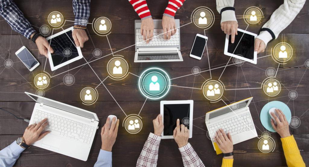 Social Media Applications use AI